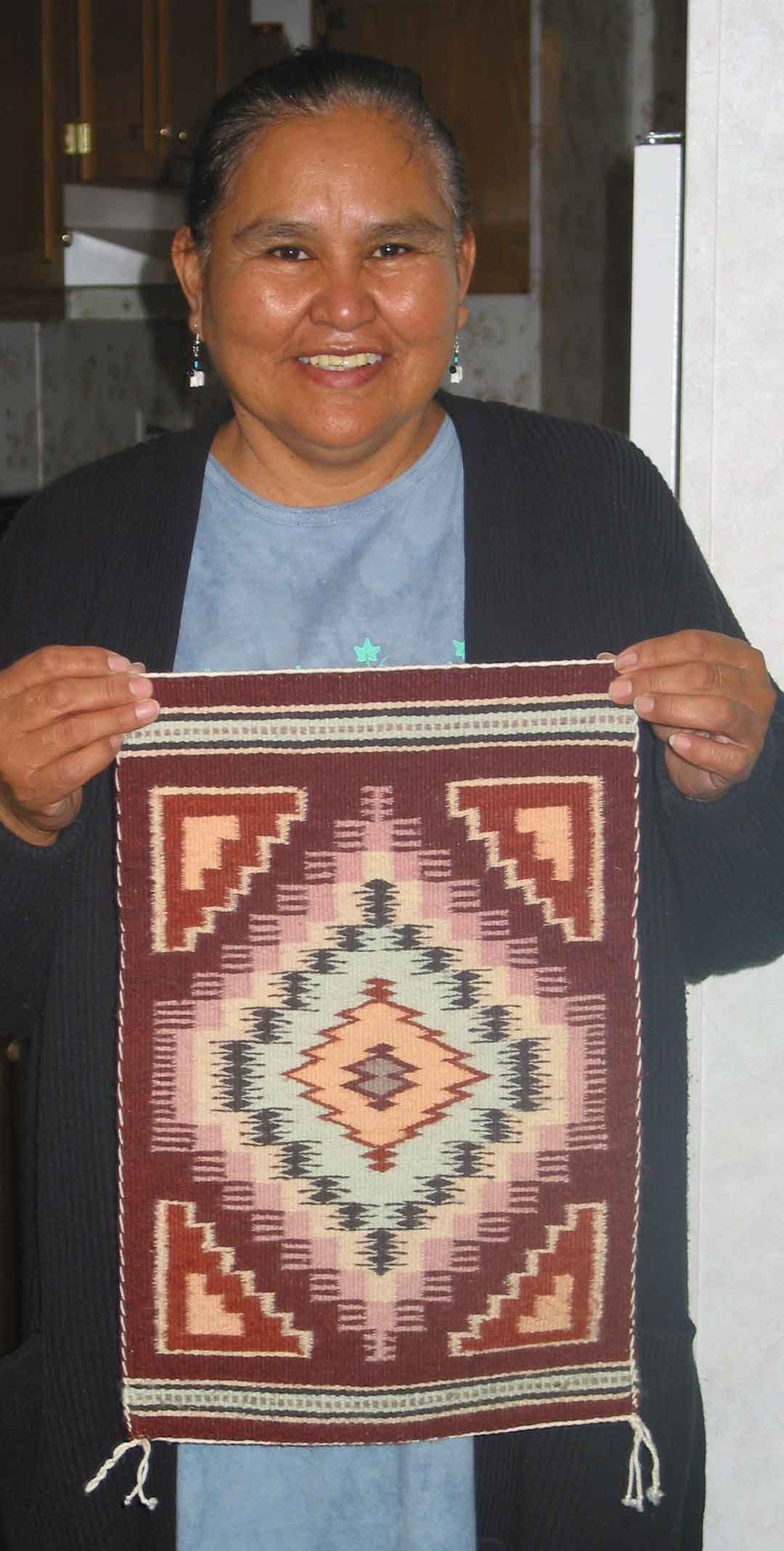 How To Identify Navajo Textiles Weaving In Beauty